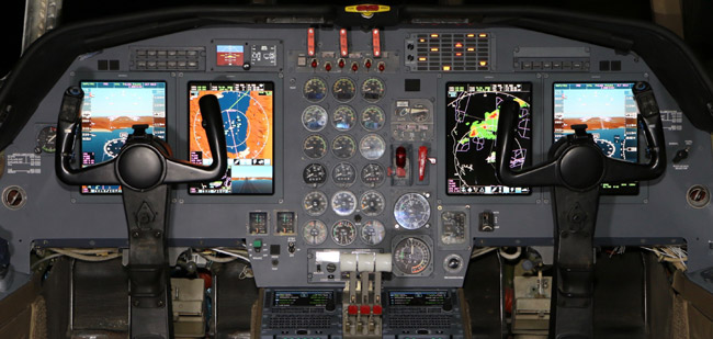 Chicago Jet Group Kicks-Off Avionics Upgrade for Falcon 50 with Universal Avionics InSight® Display System
